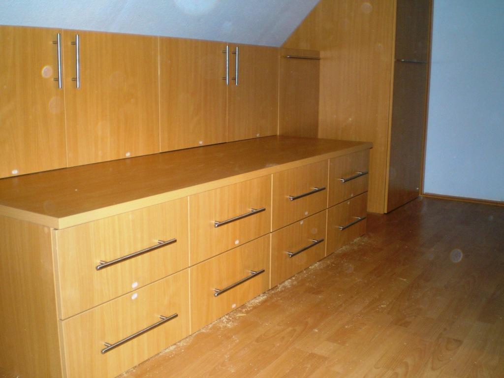 Képek, referenciák Egyedi bútor készítés kategóriában